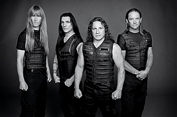 Manowar_Photo_by_GUIDO_KARP_May2012_web.jpg